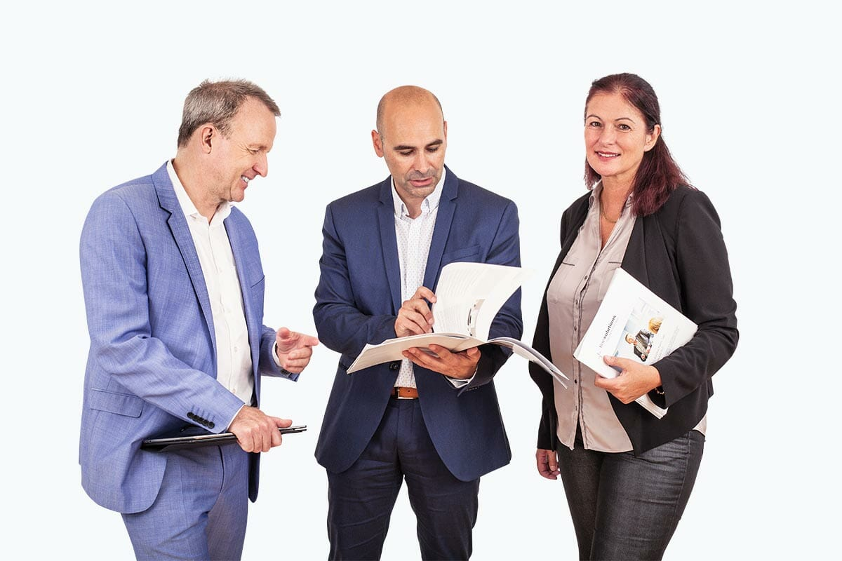 Markus Eberhard, Carlo Losurdo und Simone Meierhofer bringen Ihnen die Zollthemen näher