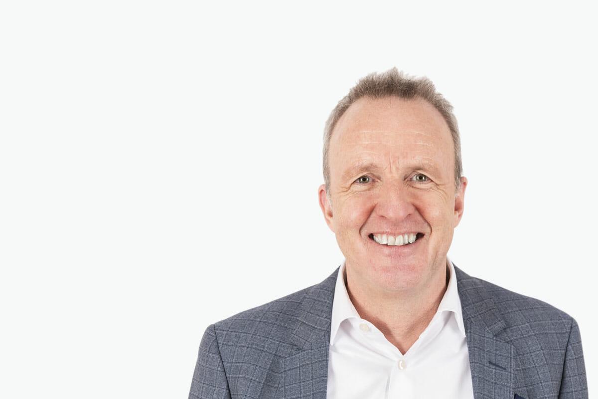 Portrait von Markus Eberhard - Geschäftsführer finesolutions und Experte für eVV Import / Export