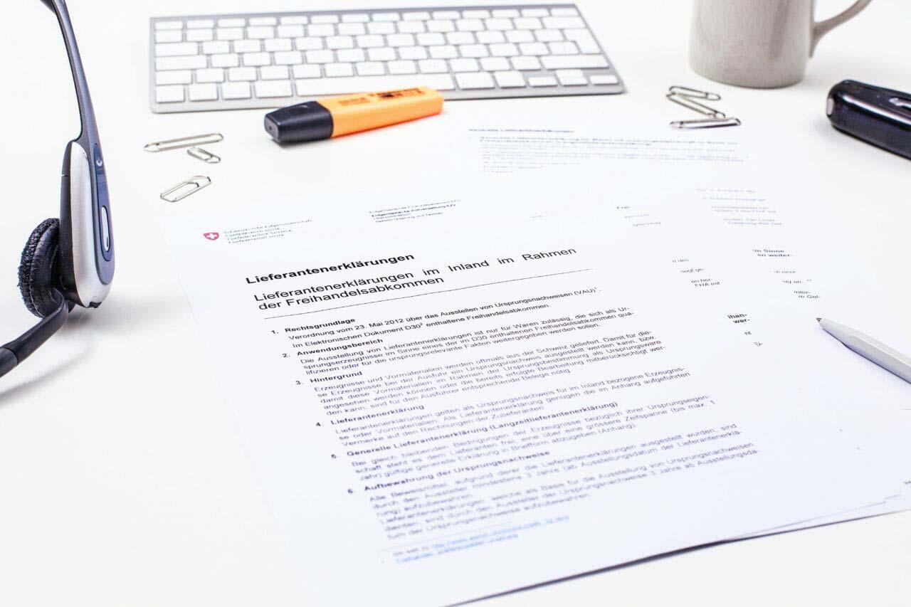 Eine Lieferantenerklärung wird von finesolutions Mitarbeitern auf Ihre Korrektheit geprüft.